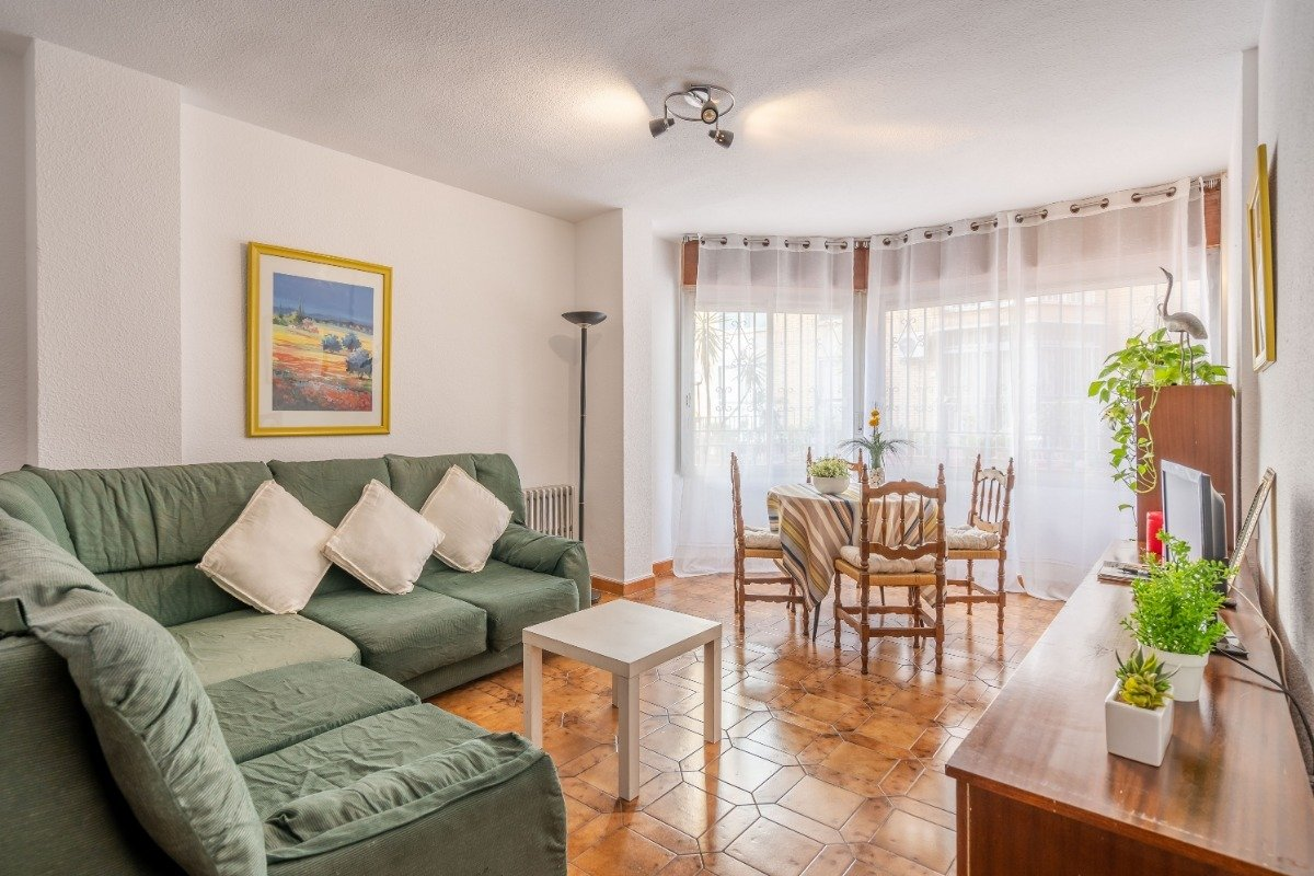 Flat for sale in Arabial, Granada