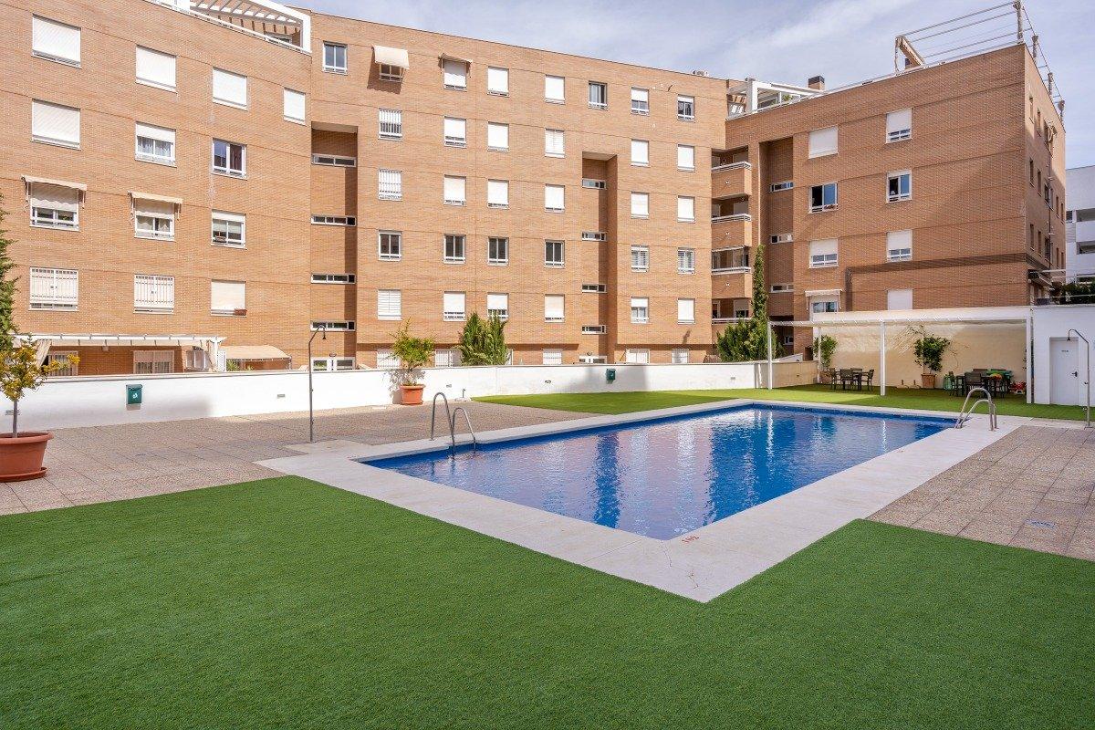Flat for sale in El serrallo, Granada