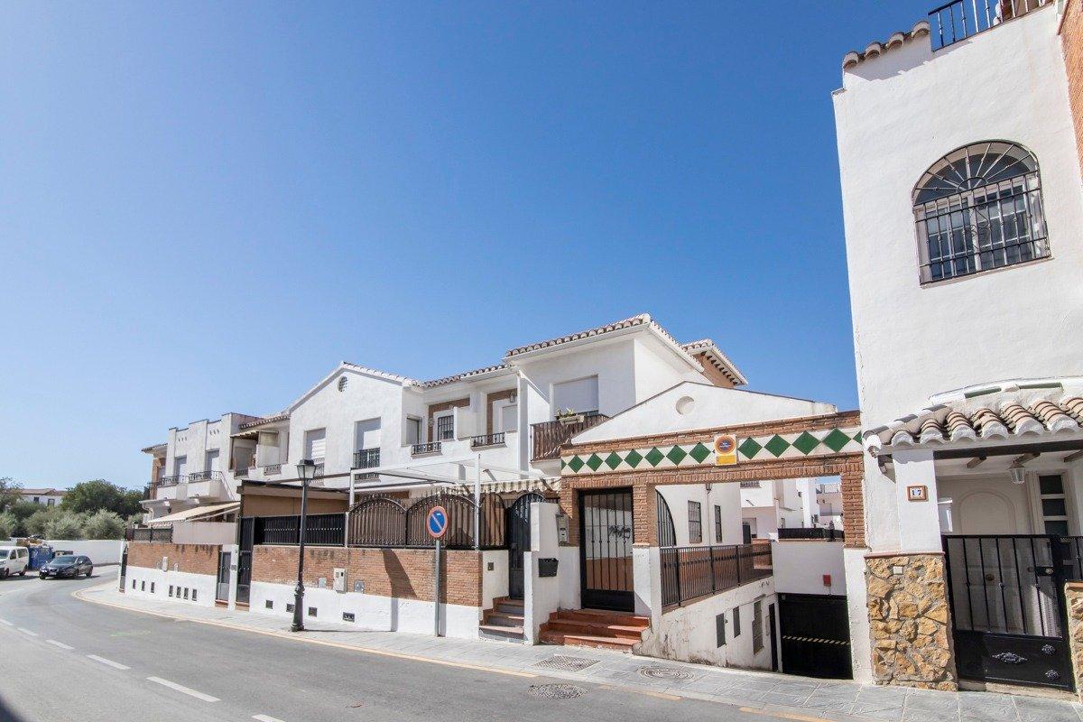 Townhouse for sale in Gojar, Gojar