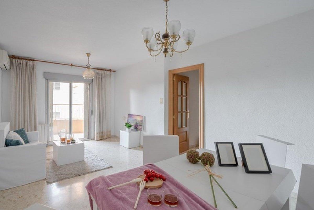 Flat for sale in Granada, Granada