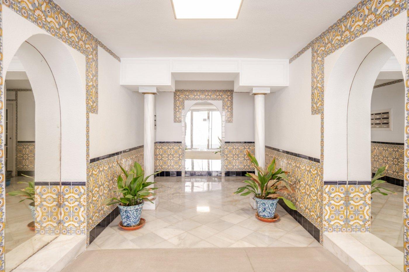Estupendo piso en el realejo