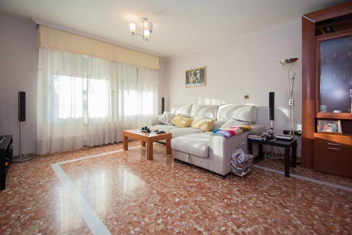 Casa en venta en Churriana de la Vega zona Ambroz