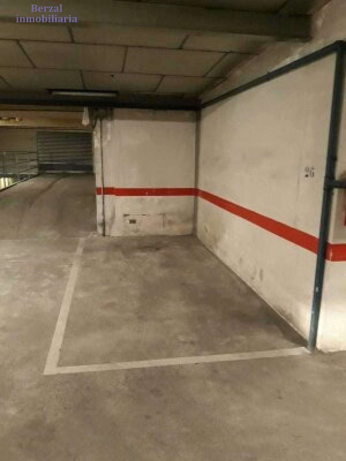 Garaje en alquiler en Ayuntamiento, Logroño