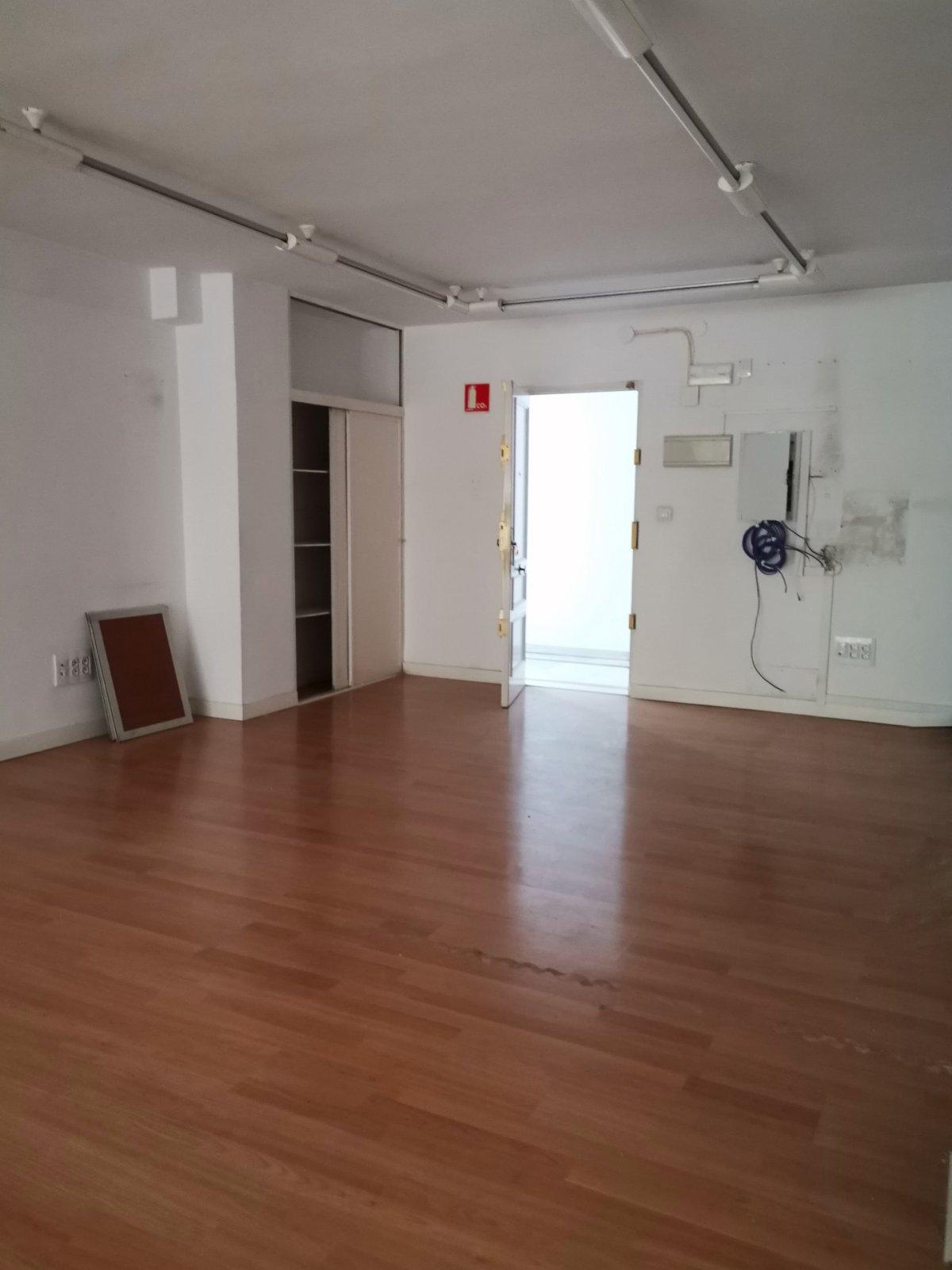 Oficina en alquiler en Jaén