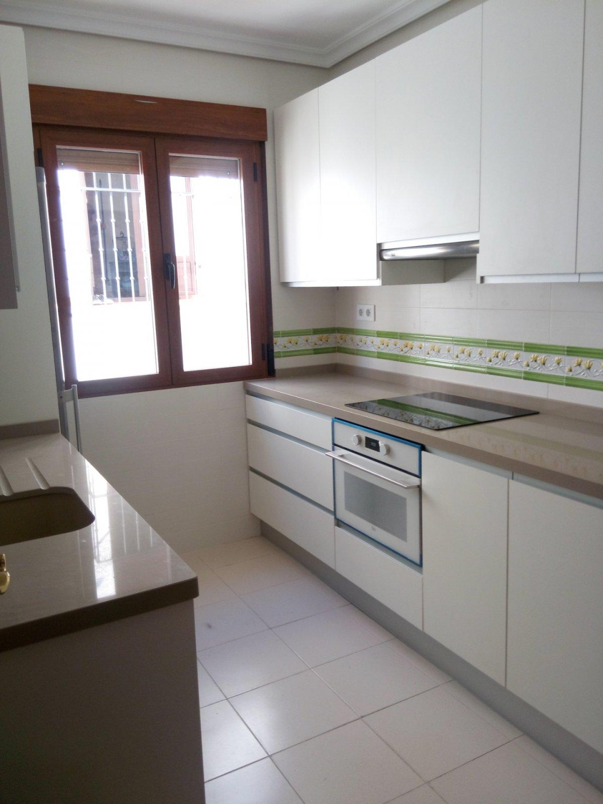 Apartamento en alquiler en Alcantarilla, Jaen