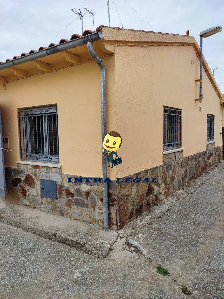 Casa en venta en Larrodrigo, Larrodrigo