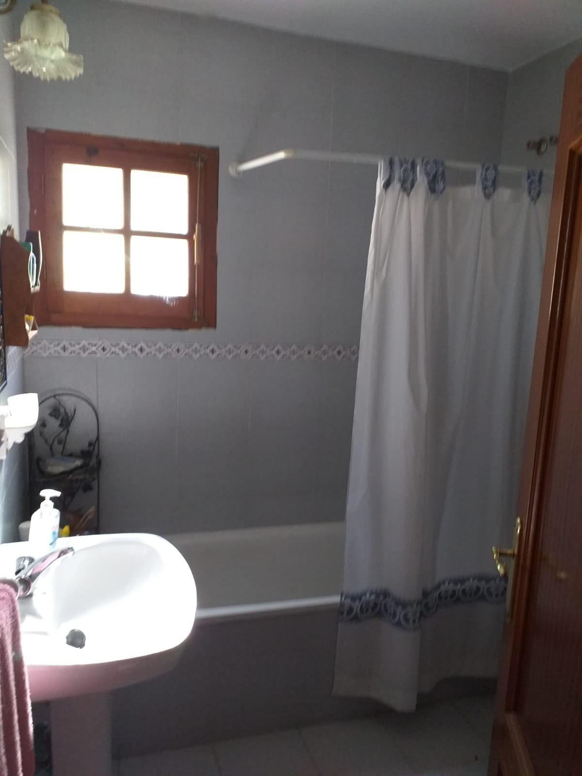 Casa en venta en Yunquera