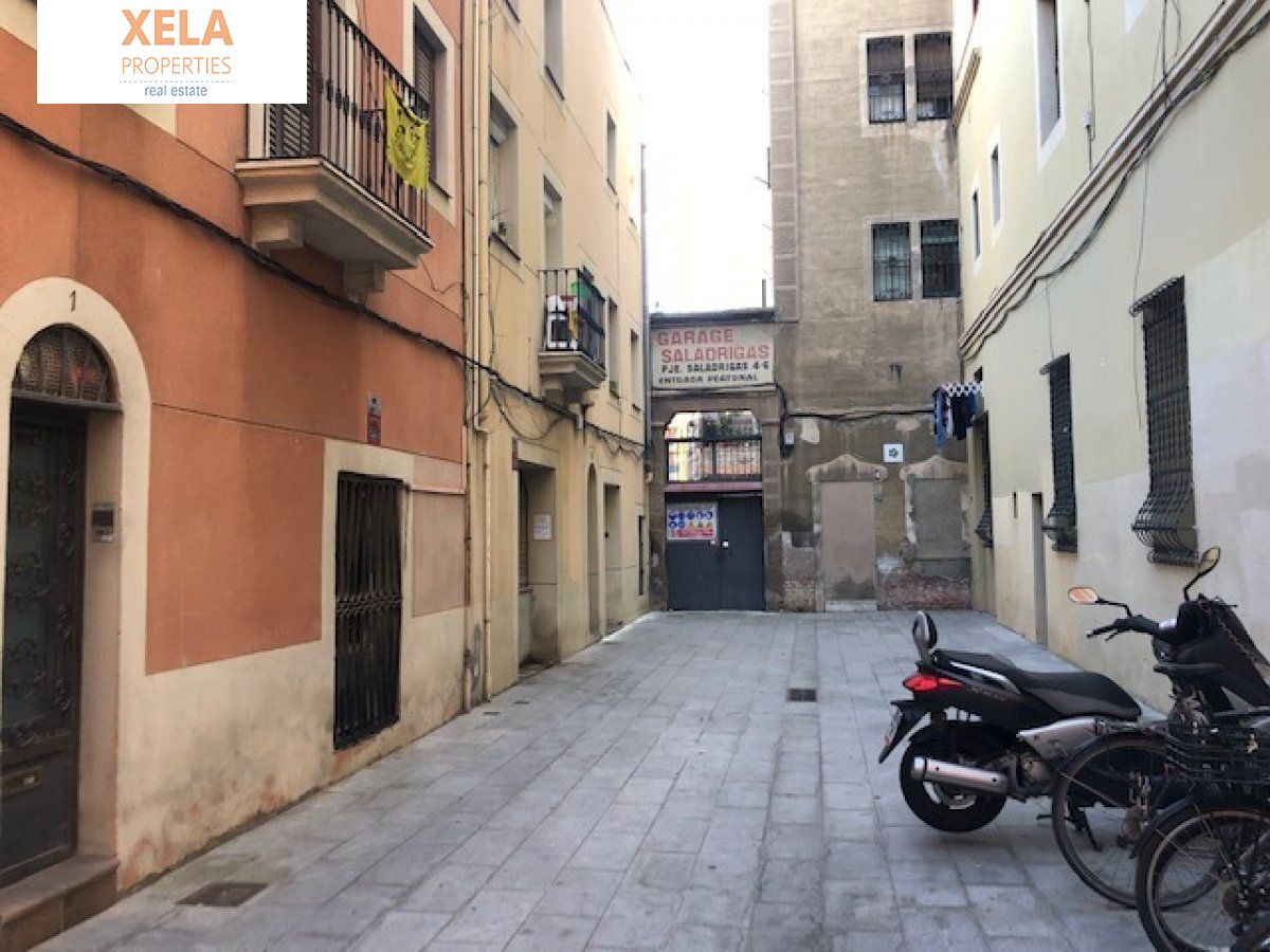 Foto de la galeria de Local comercial en El Poblenou