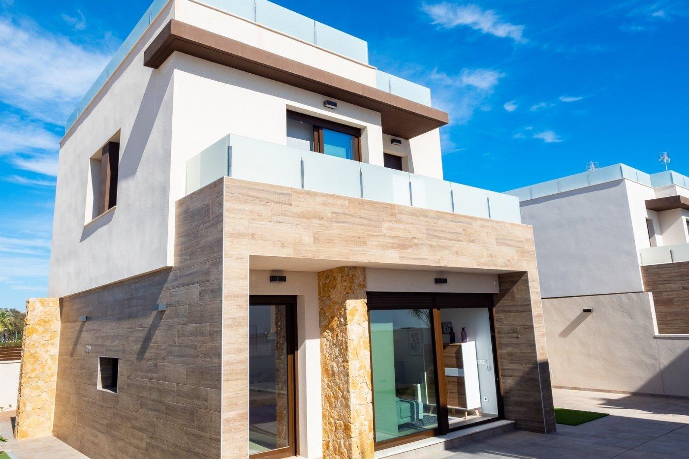 villa en pilar-de-la-horadada · la-torre-de-la-horadada 480000€