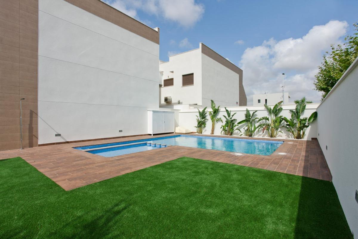 bungalow-planta-alta en pilar-de-la-horadada · colegio-mediterraneo 203900€