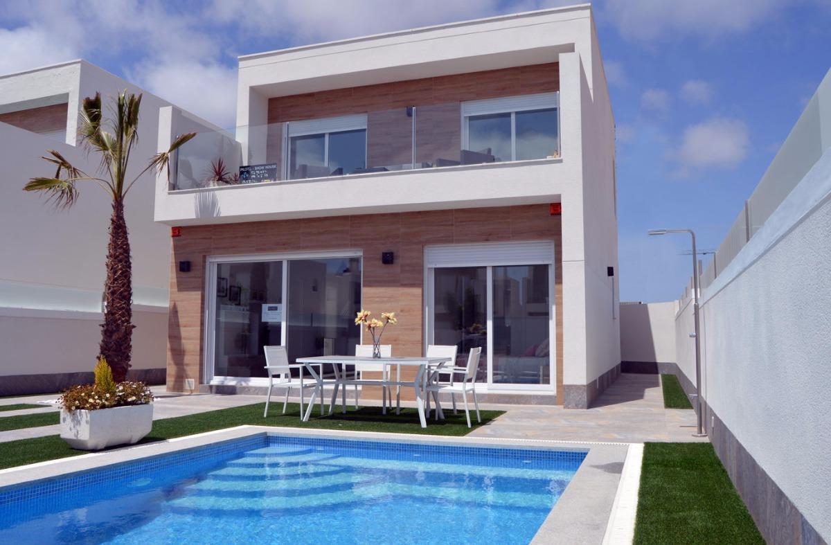 villa en san-pedro-del-pinatar · san-pedro-del-pinatar 265000€