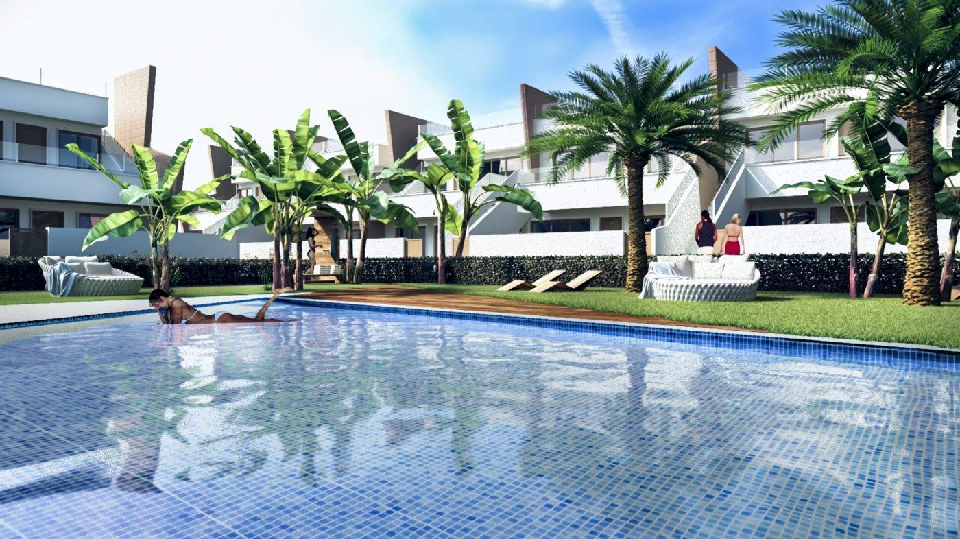 bungalow-planta-baja en pilar-de-la-horadada · colegio-mediterraneo 168700€
