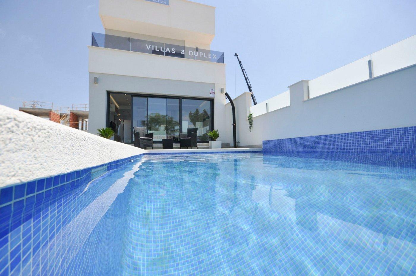 villa-de-lujo en pilar-de-la-horadada · los-segundas 206900€