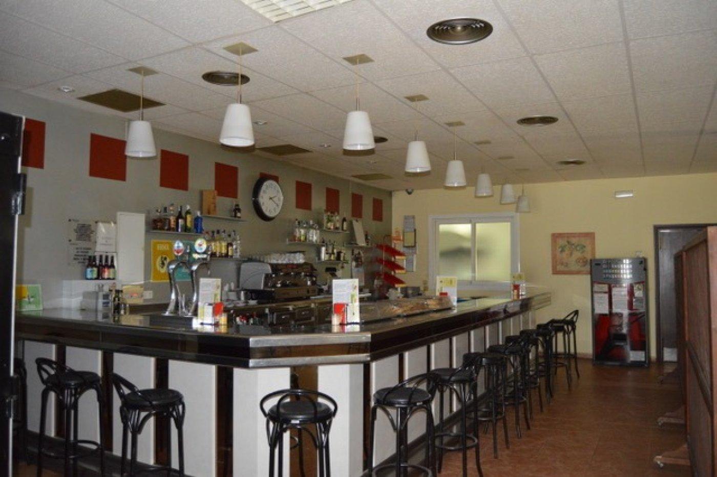 Nave restaurante en polígono cerca de sant sadurní d´anoia - imagenInmueble21