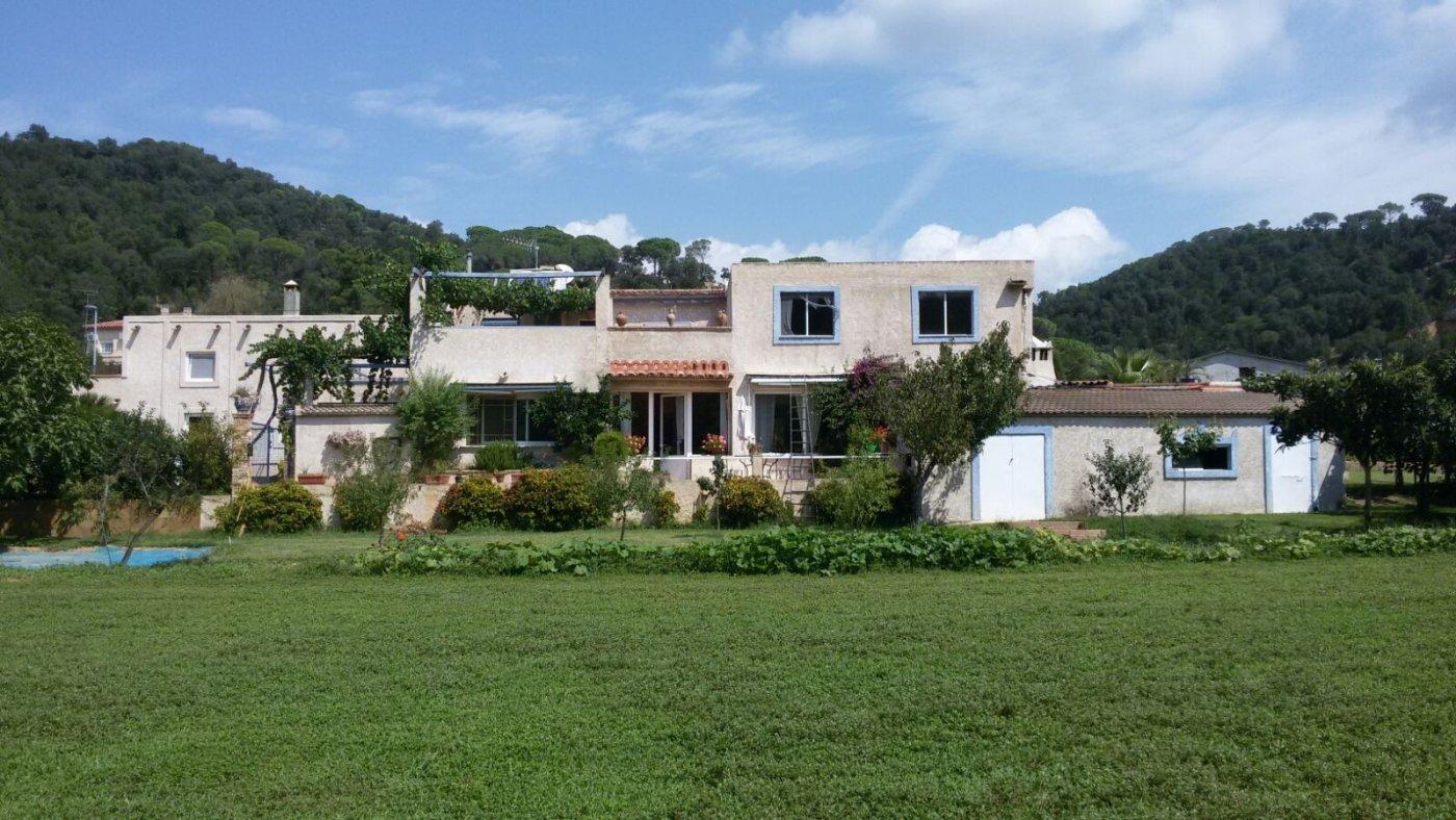 Fantástica casa rural en sant feliu de buxalleu - imagenInmueble0
