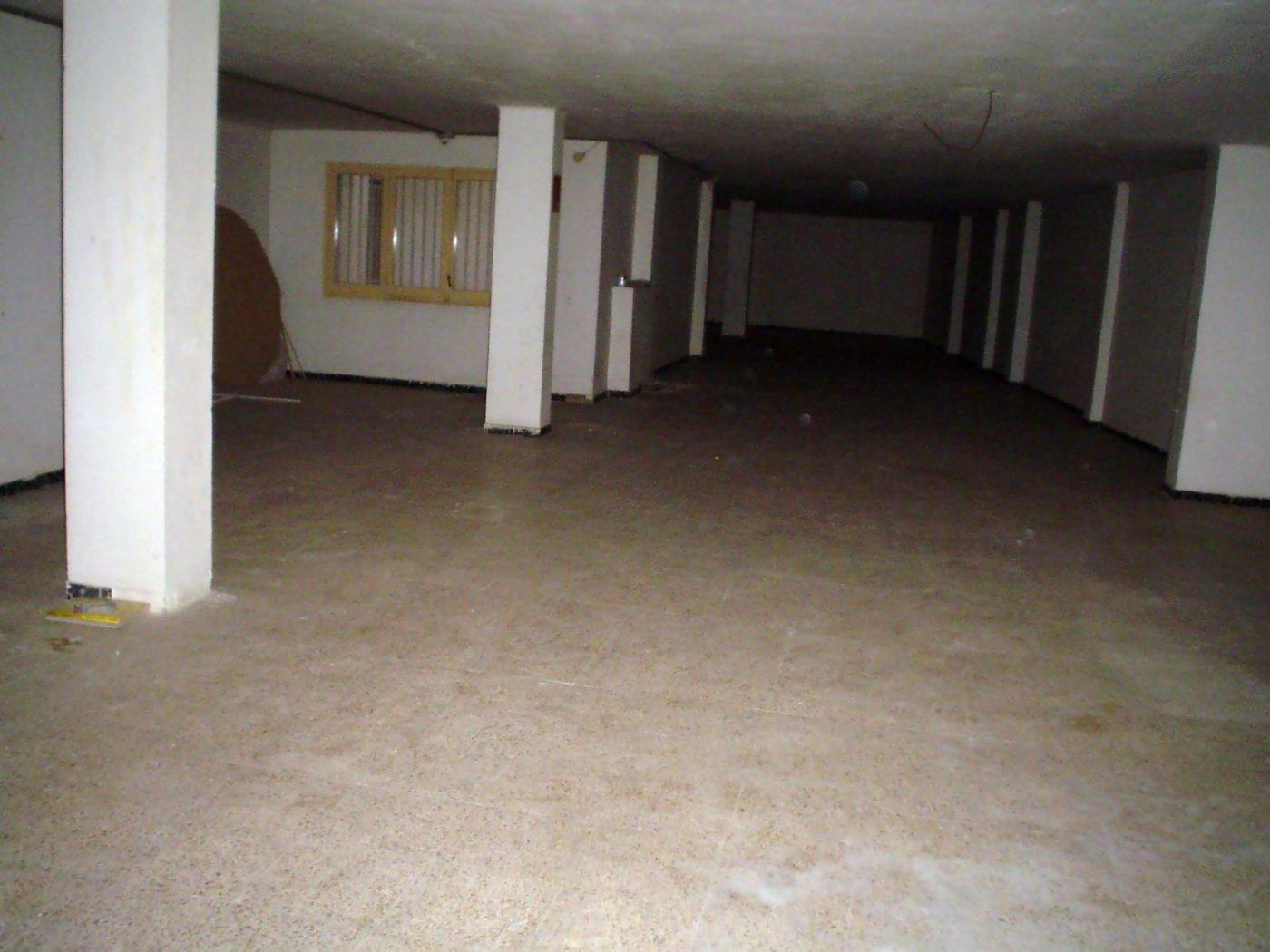 Local en un entresuelo ideal para convertir en loft - imagenInmueble0