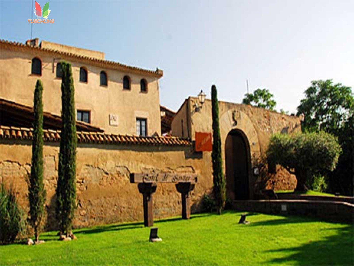 Castillo a pocos kms de barcelona - imagenInmueble0