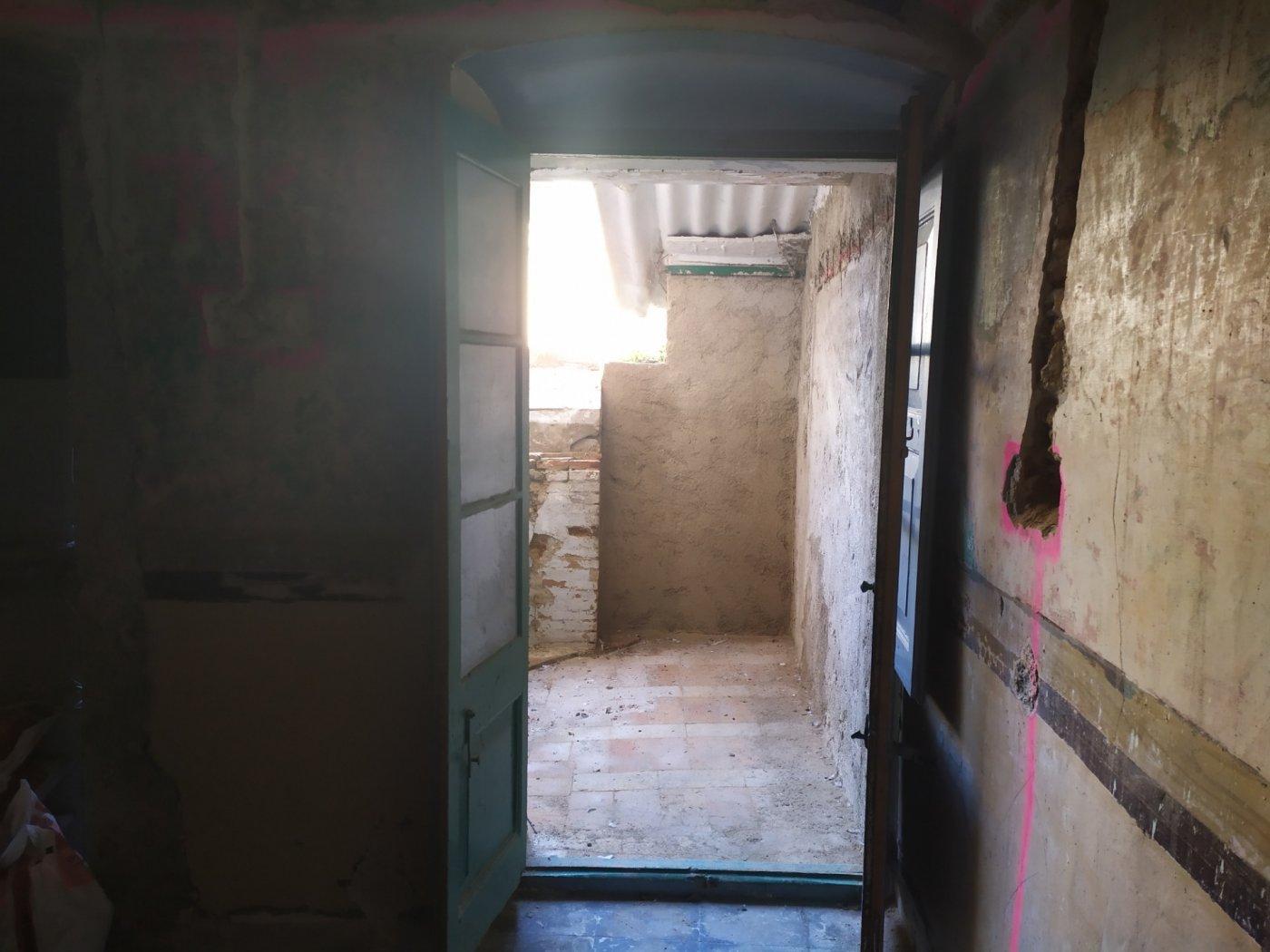 FantÁstica casa para reformar en el centro de vilanova - imagenInmueble7