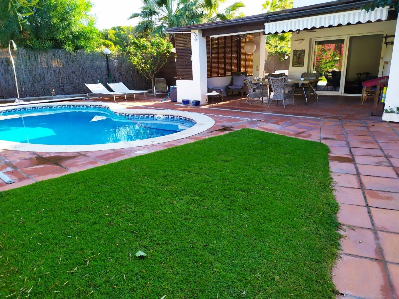 Fantástico chalet en sitges- terramar, con jardín y piscina - imagenInmueble0