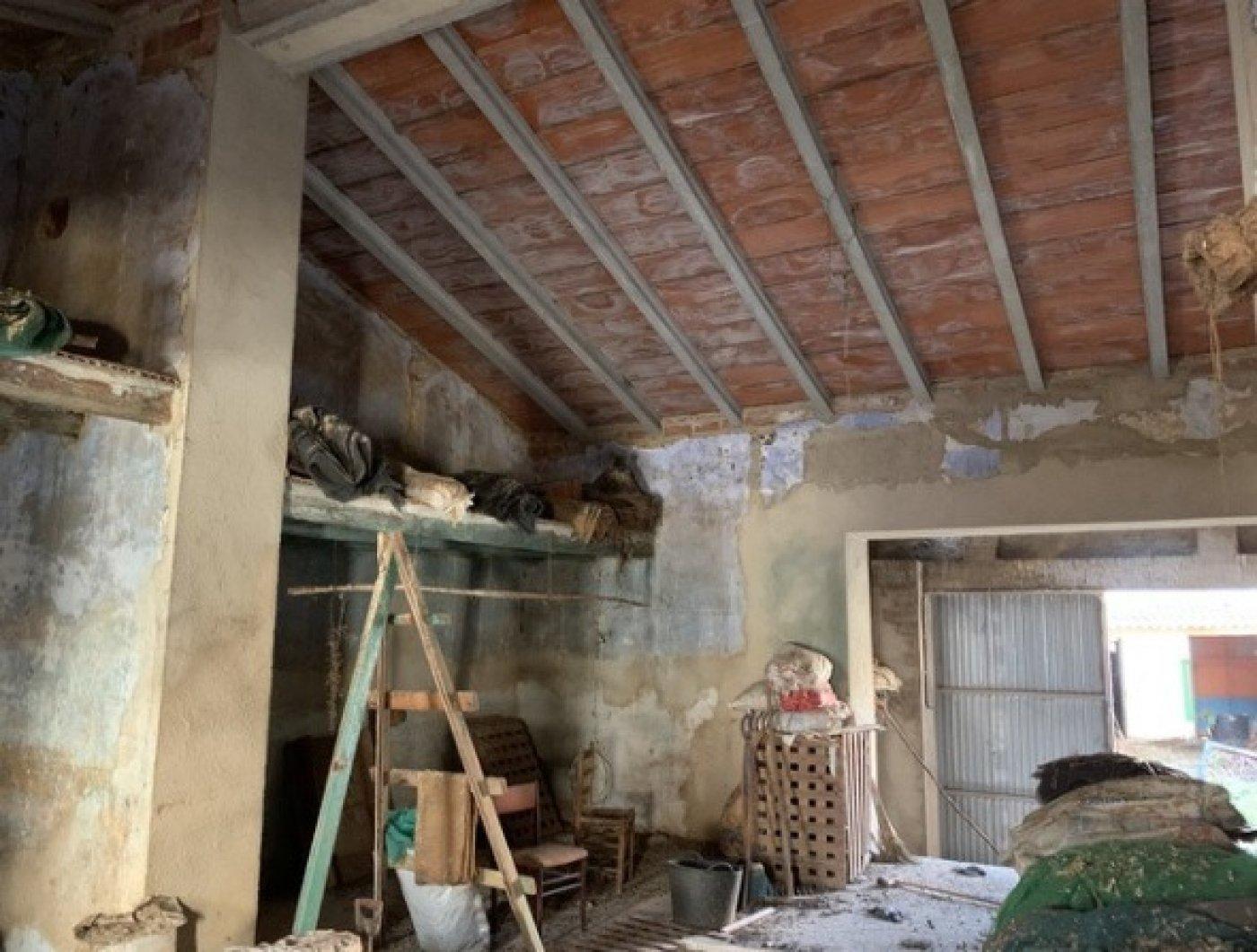 Casa almacén solar a rehabilitar en vendrell centro - imagenInmueble2