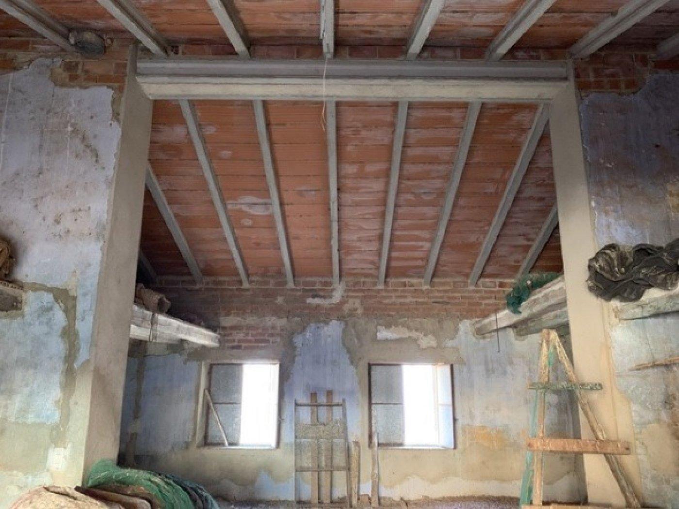 Casa almacén solar a rehabilitar en vendrell centro - imagenInmueble6