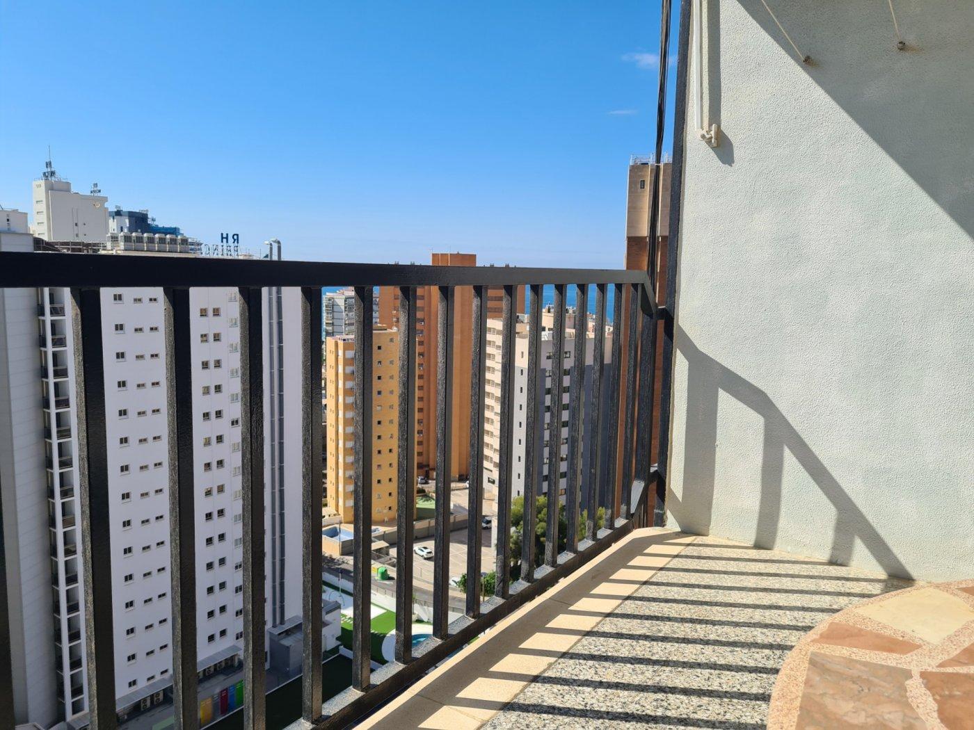 apartamento en benidorm · levante 107000€