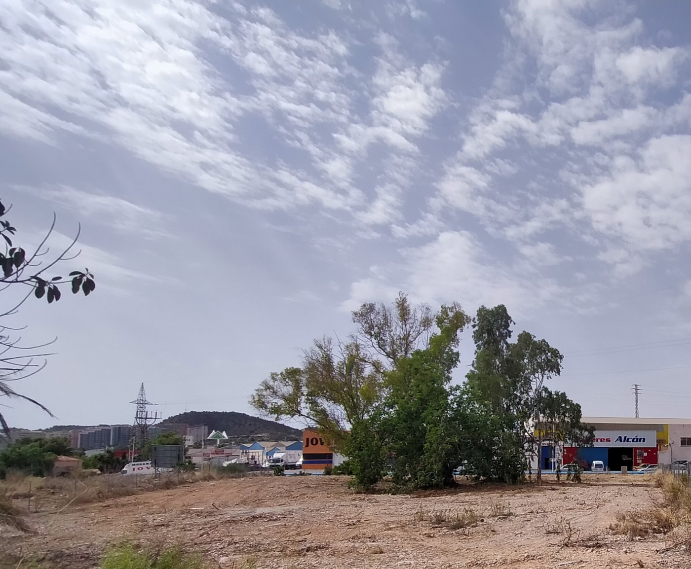 terreno-industrial en finestrat · cc-la-marina 425000€