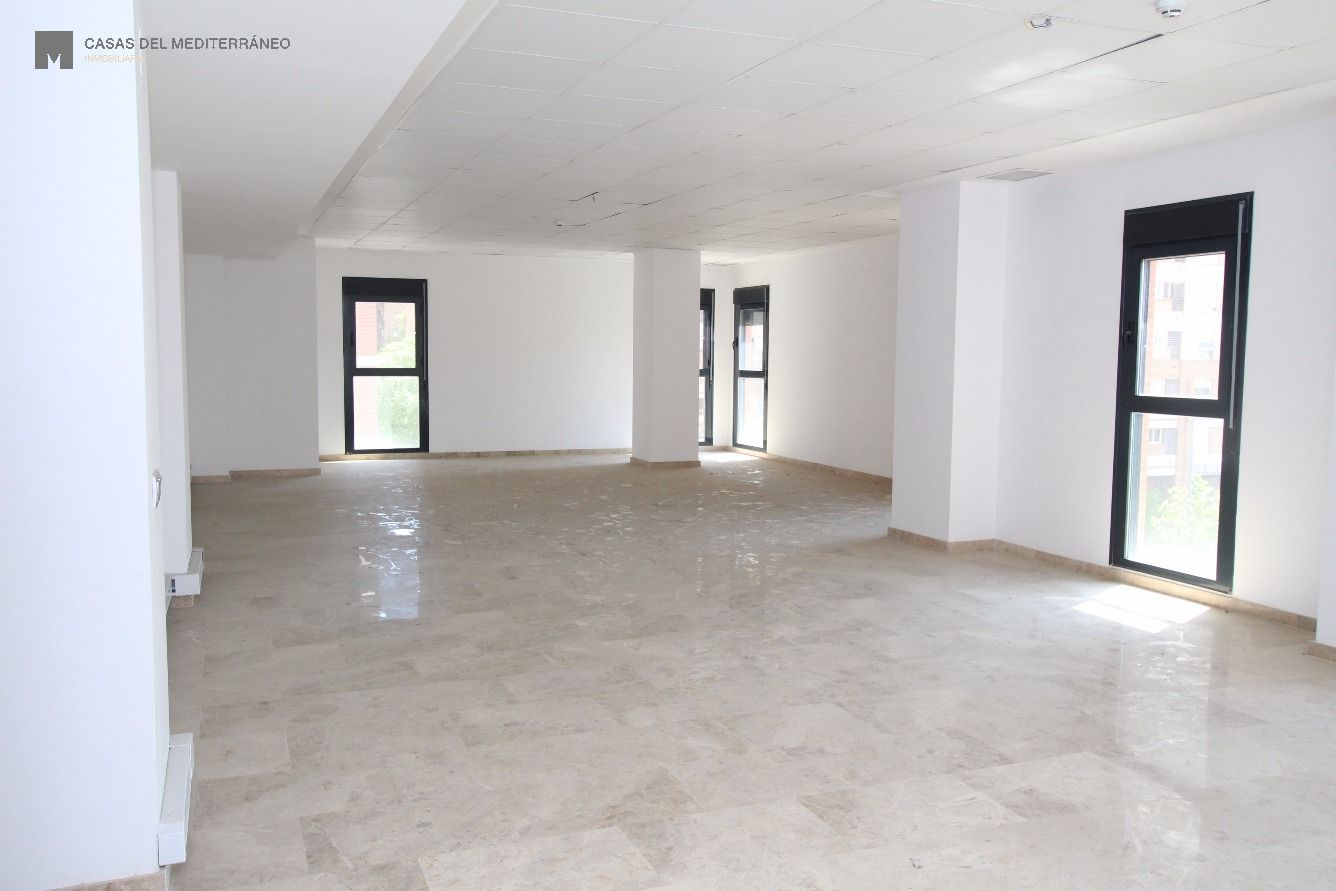 oficina en valencia · ciutat-de-les-arts-i-de-les-ciencies 575€