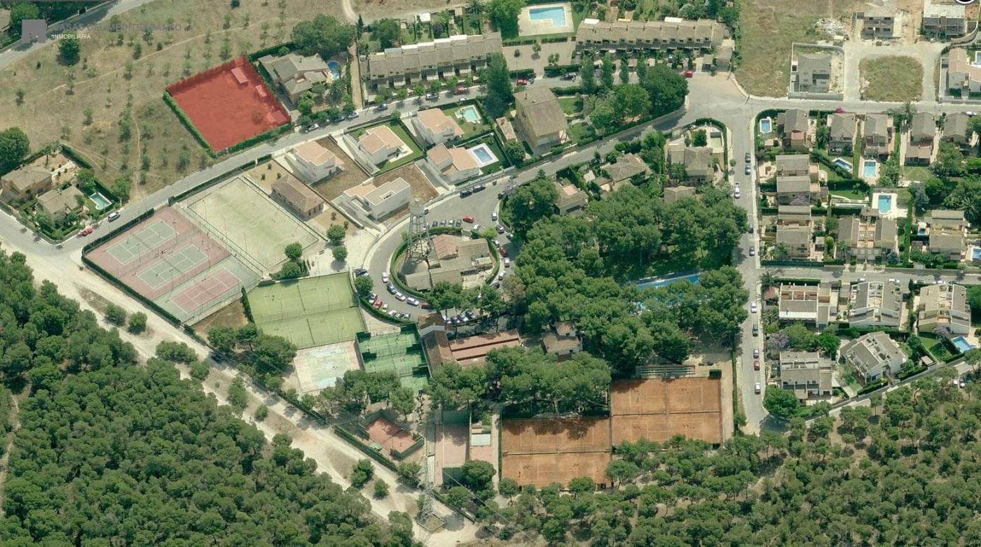 terreno-urbano en paterna · la-canada 370800€