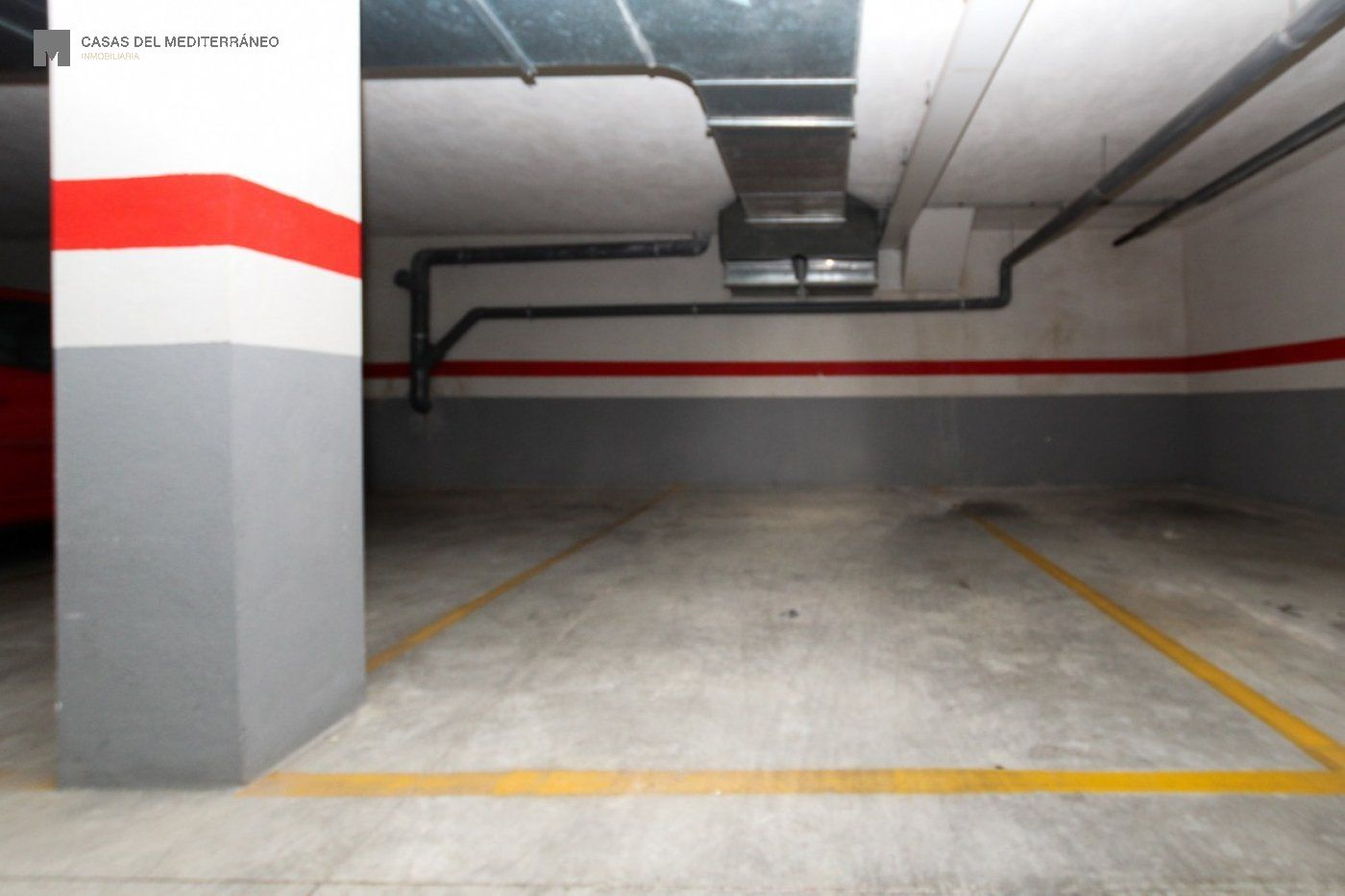 Garaje · Cheste · Área De Cheste 3.255€€