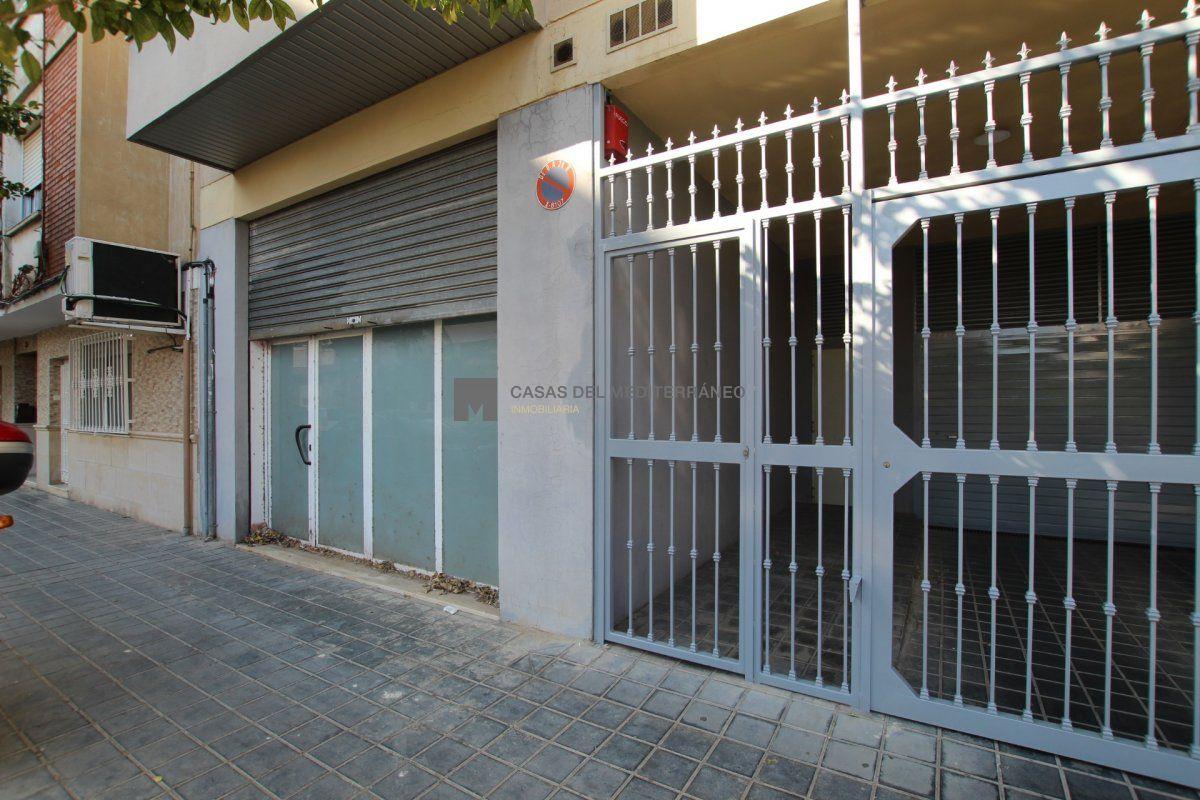 Local Comercial · Valencia · Natzaret 35.000€€