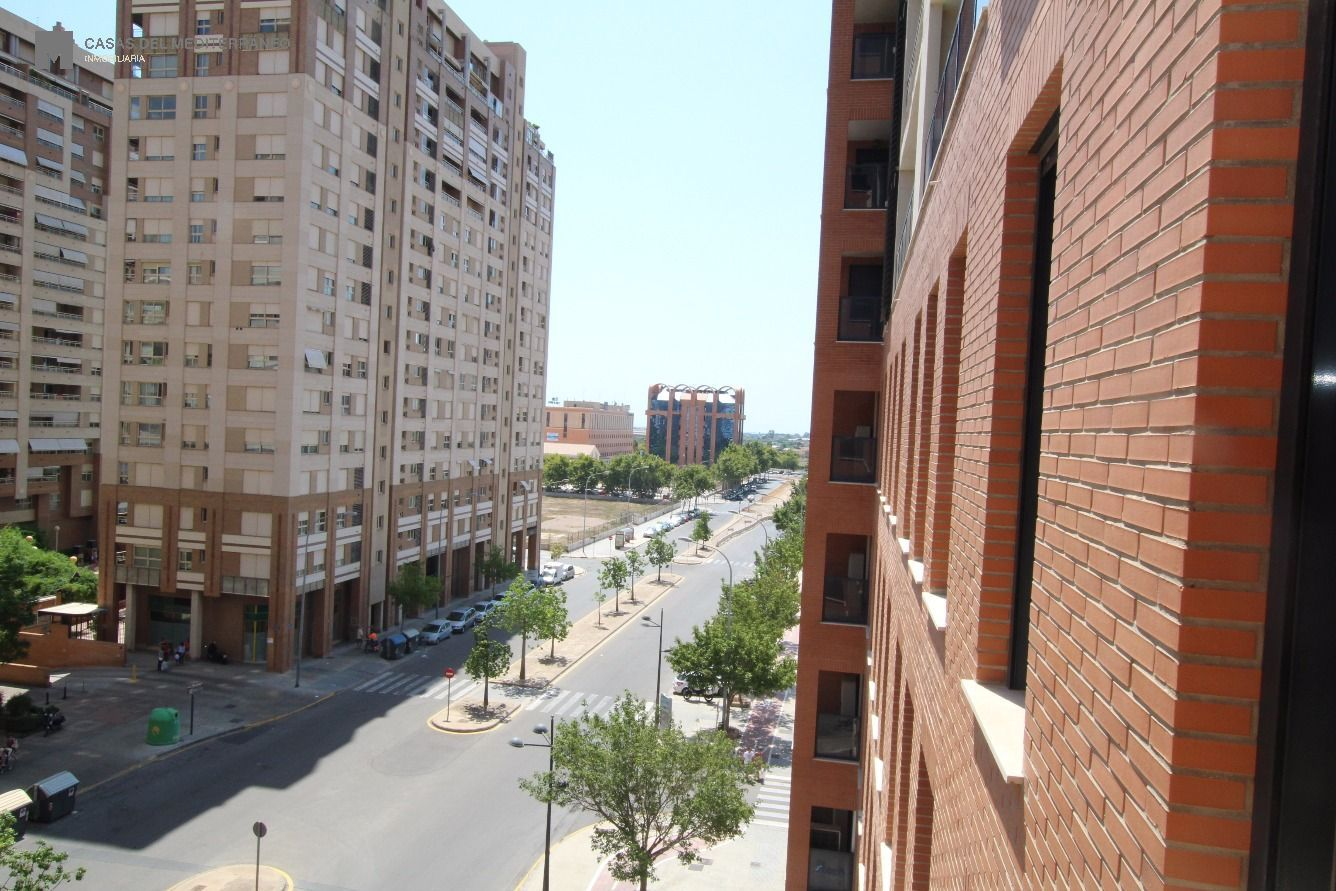 Oficina · Valencia · Ciutat De Les Arts I De Les Ciencies 253.000€€
