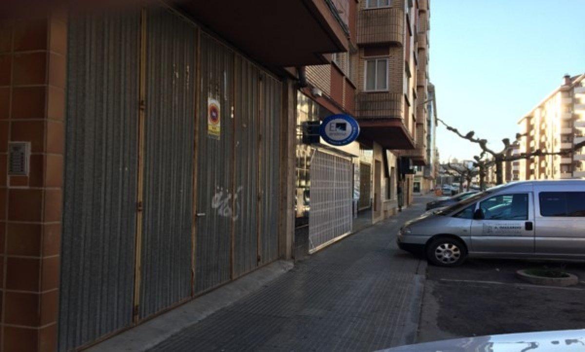 Local comercial en alquiler en Almazán