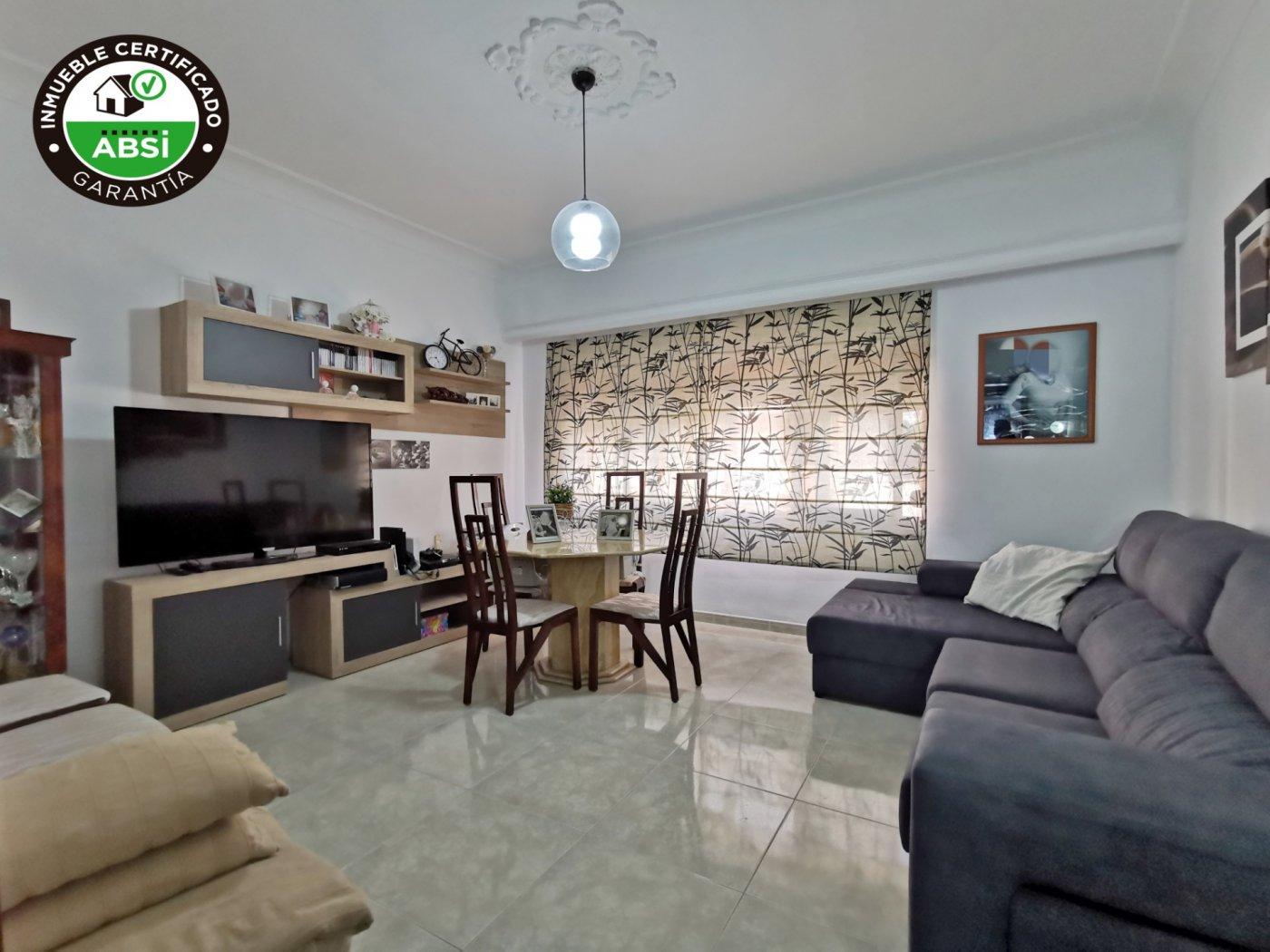 Se vende primer piso reformado de 3 habitaciones - imagenInmueble0