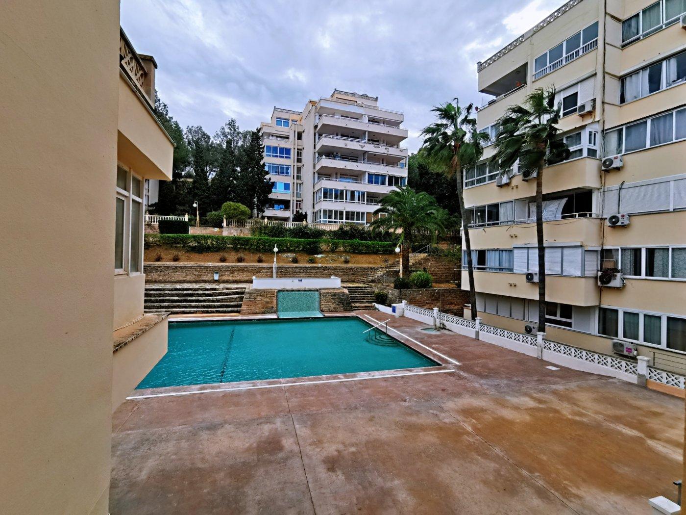 Se vende piso de dos dormitorios con piscina y parking comunitaria - imagenInmueble14
