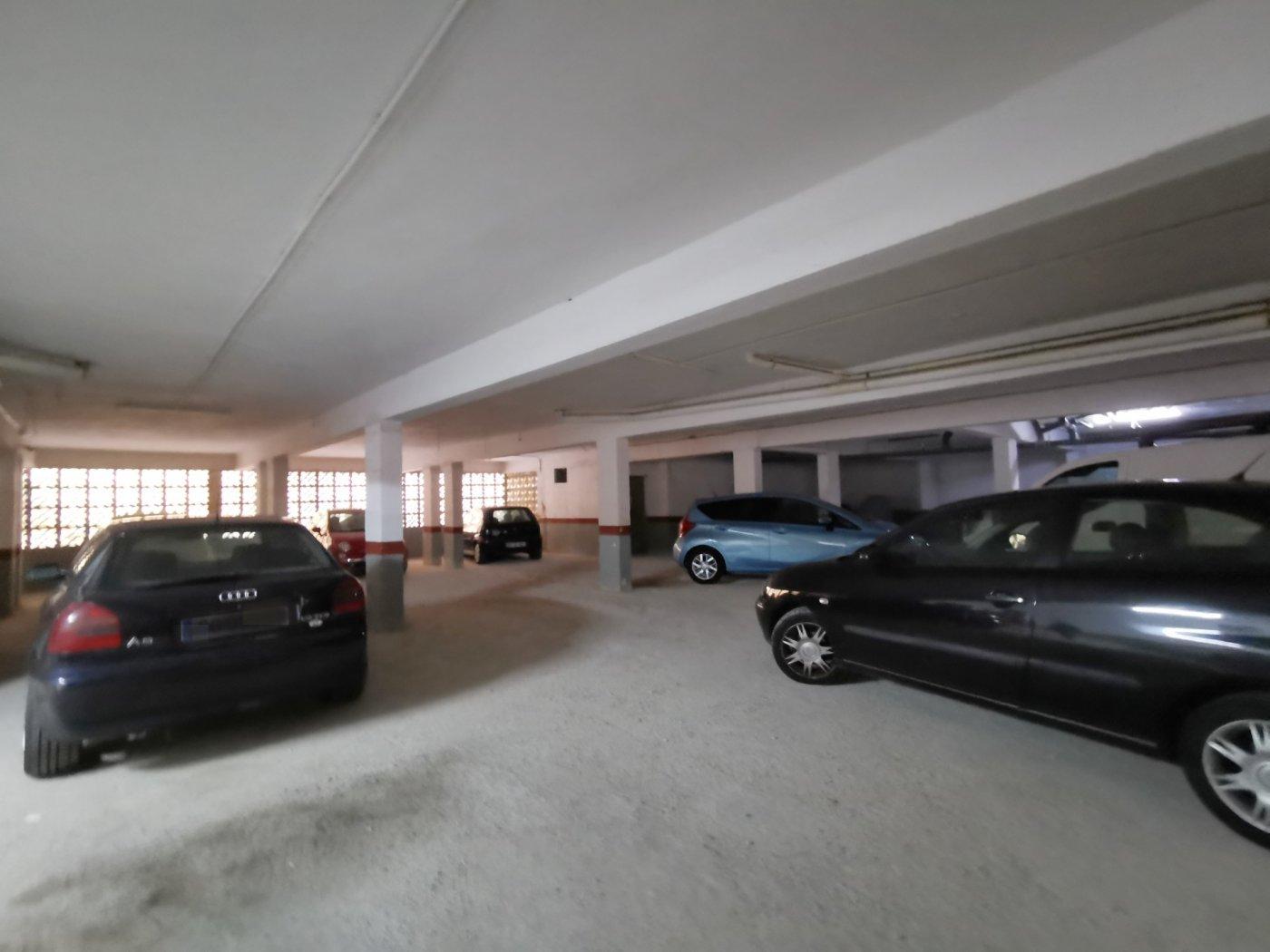 Se vende piso de dos dormitorios con piscina y parking comunitaria - imagenInmueble16