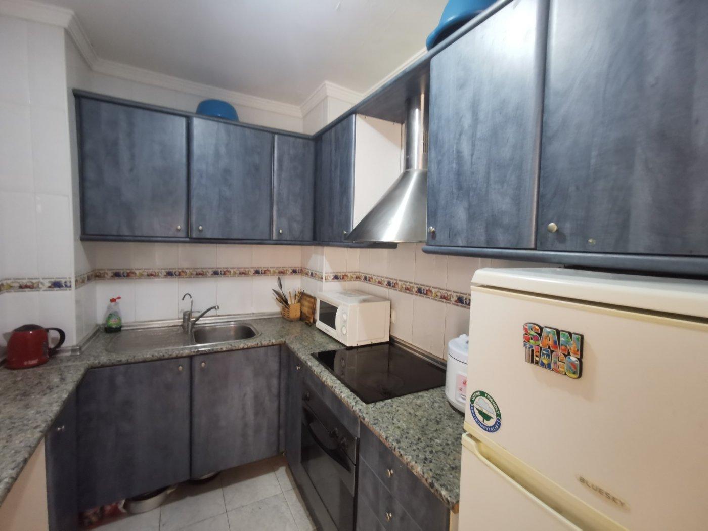Se vende piso de dos dormitorios con piscina y parking comunitaria - imagenInmueble4