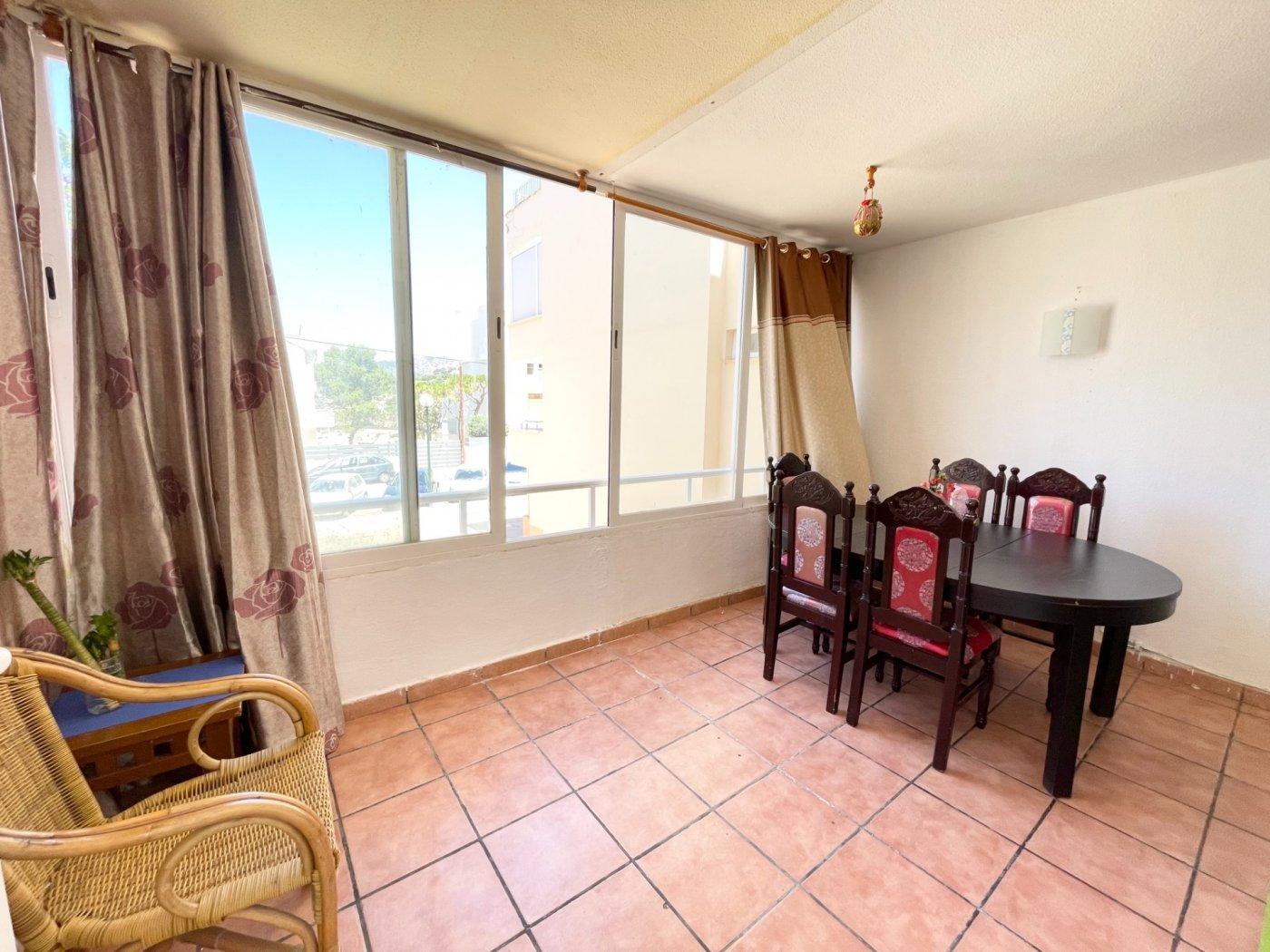 Se vende piso de dos dormitorios con piscina y parking comunitaria - imagenInmueble5