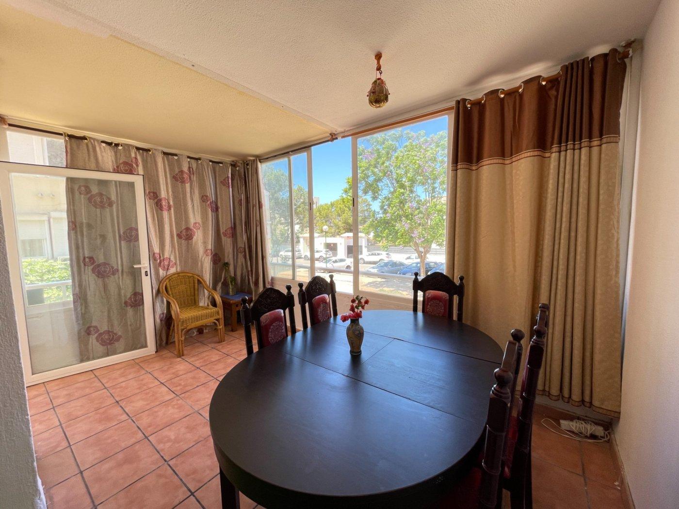 Se vende piso de dos dormitorios con piscina y parking comunitaria - imagenInmueble6