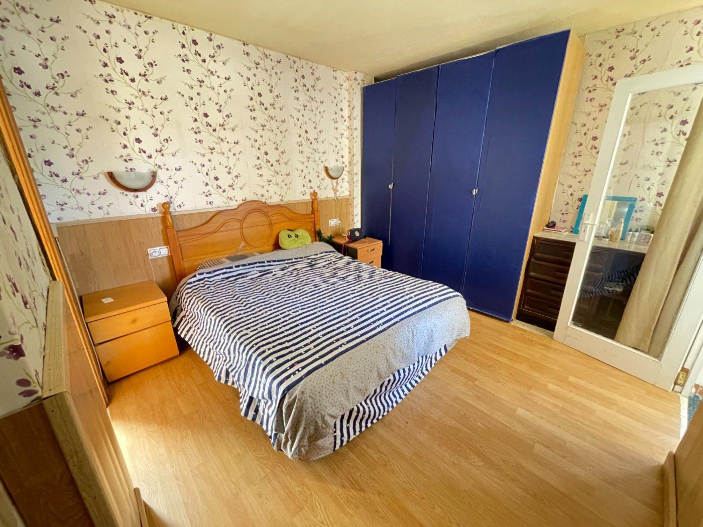 Se vende piso de dos dormitorios con piscina y parking comunitaria - imagenInmueble7