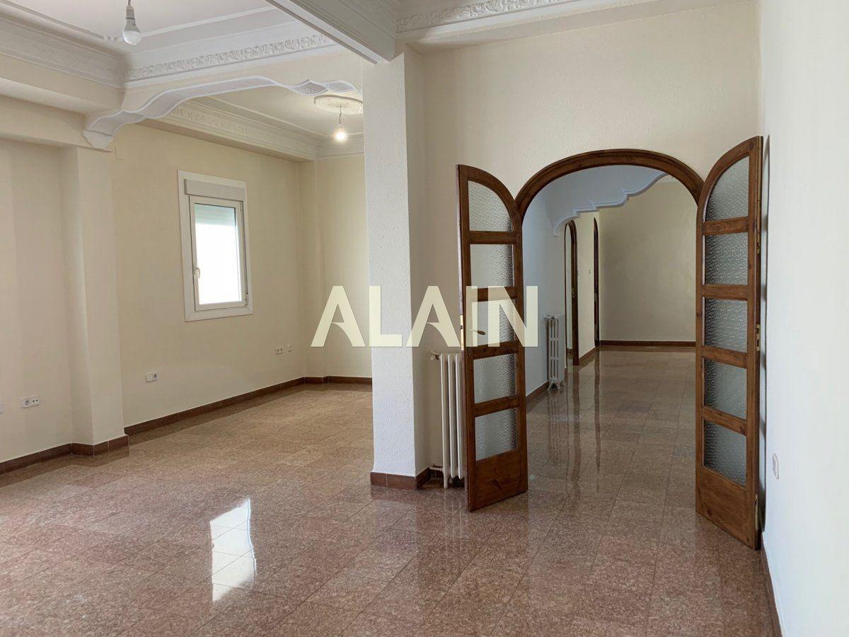 Apartamentos - 07577