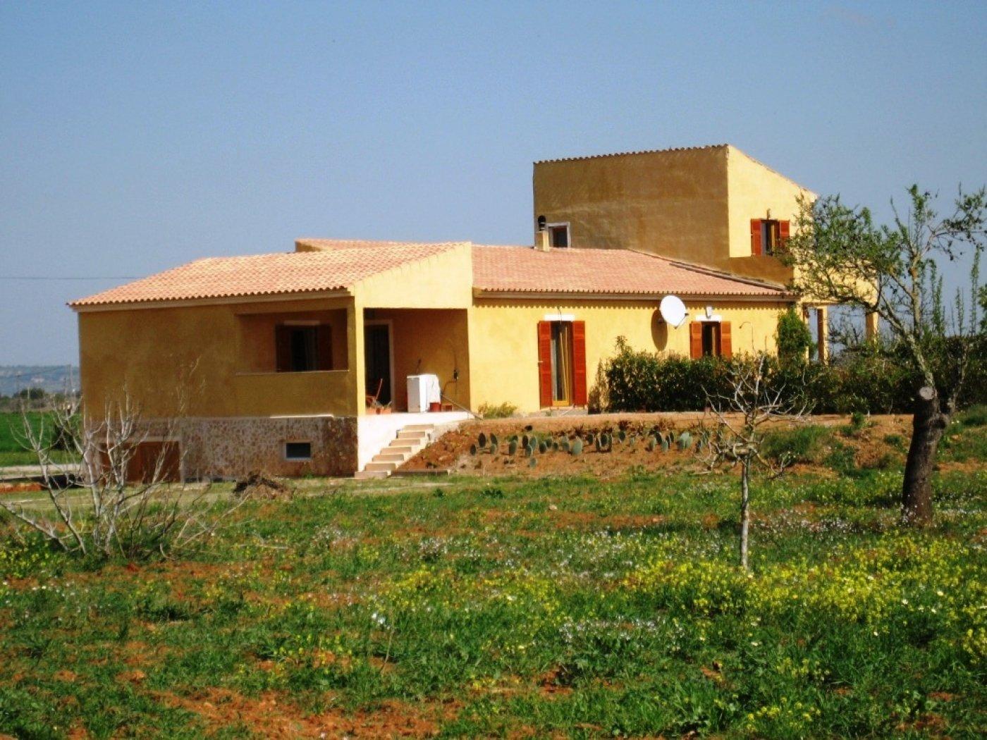 casa-de-campo en campos · campos 365000€