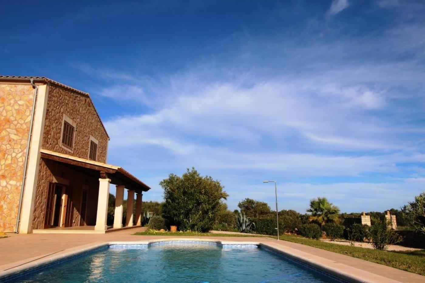 country-house en ses-salines · salines--ses 2950€