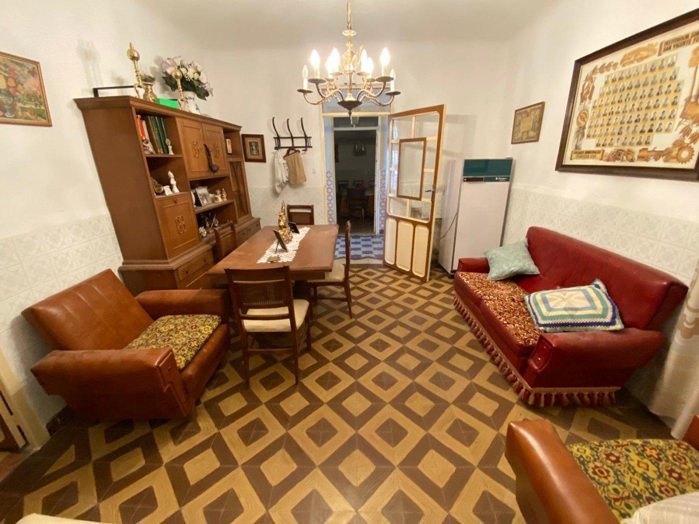 casa-de-pueblo en casas-de-benitez · casas-de-benitez 120000€