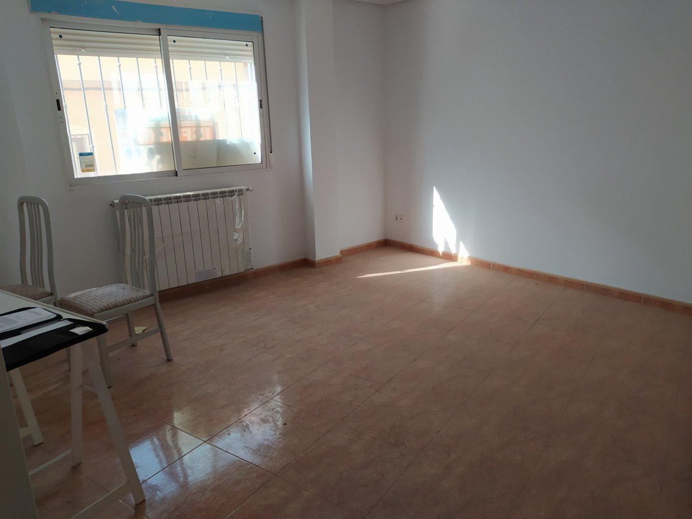 piso en la-roda · puerta-de-la-villa 72000€