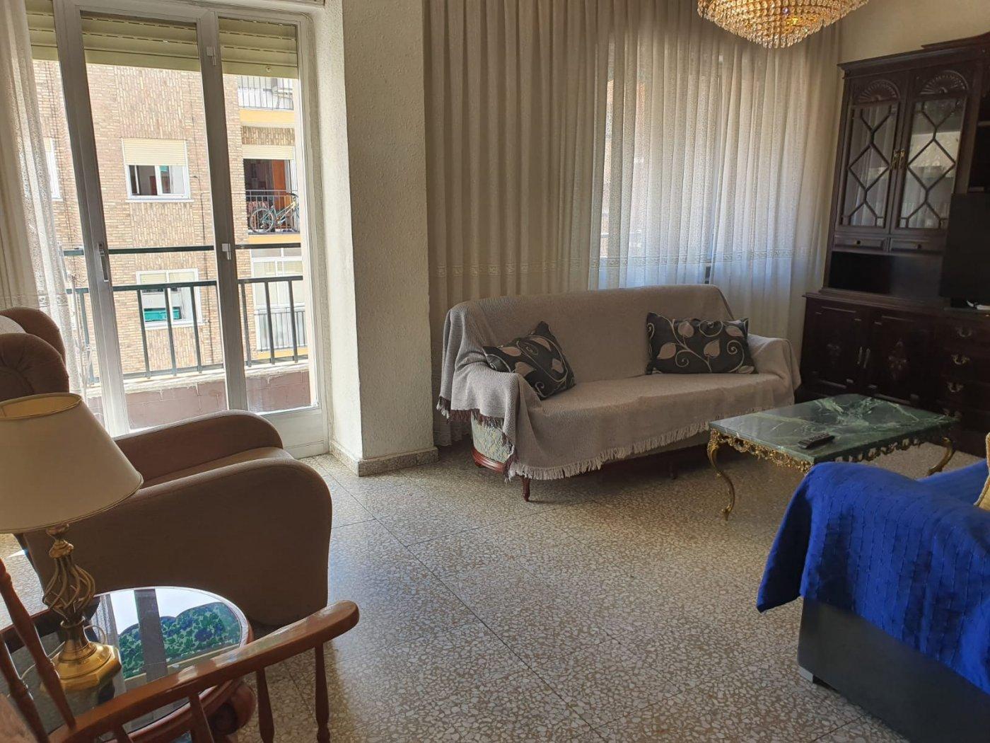 Piso en alquiler en Carmelitas-Oeste, Salamanca