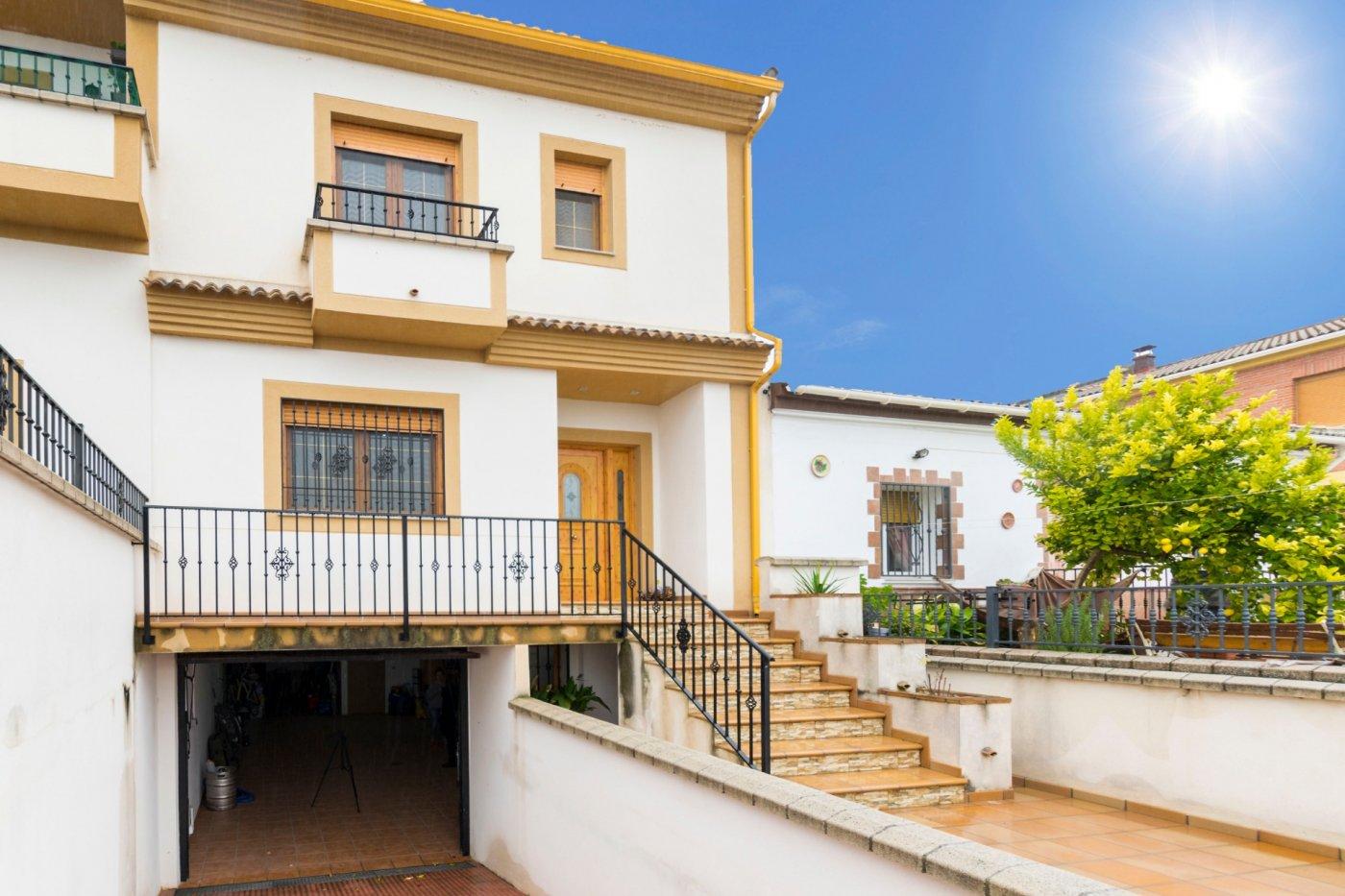 Casa casi nueva y amueblada con unas vistas muy bonitas en Moraleda, Granada