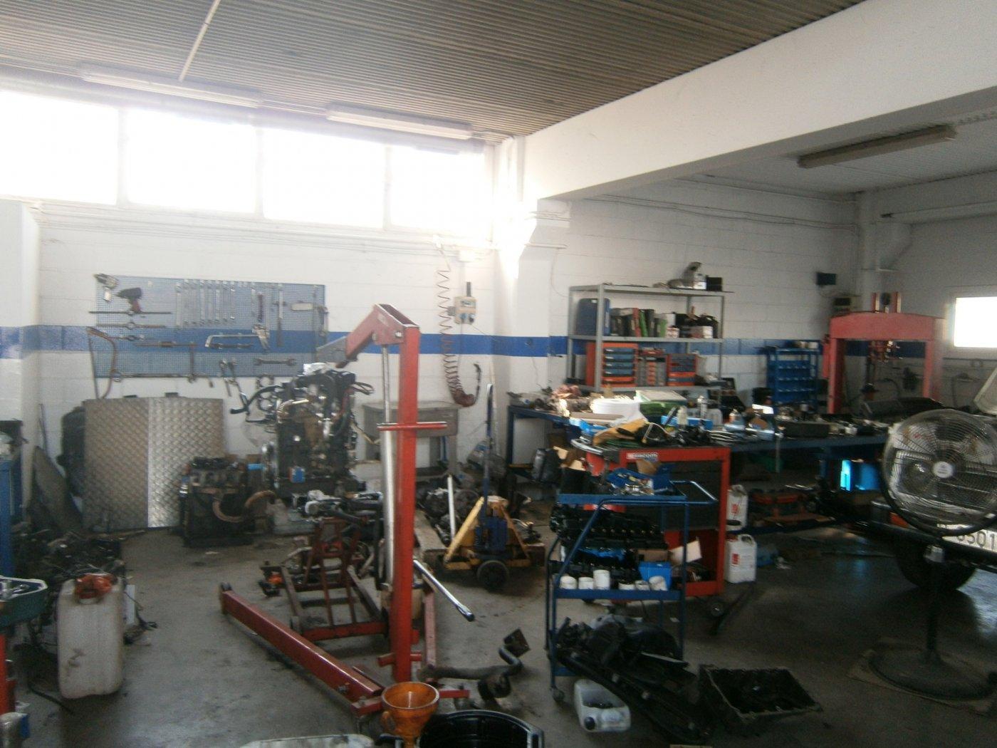 En Artes en el Poligono industrial Santa Maria. Nave Industrial  en venta.