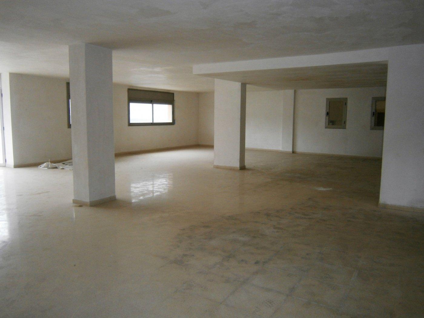 En Manresa. Zona Plaza Bages. Oficinas