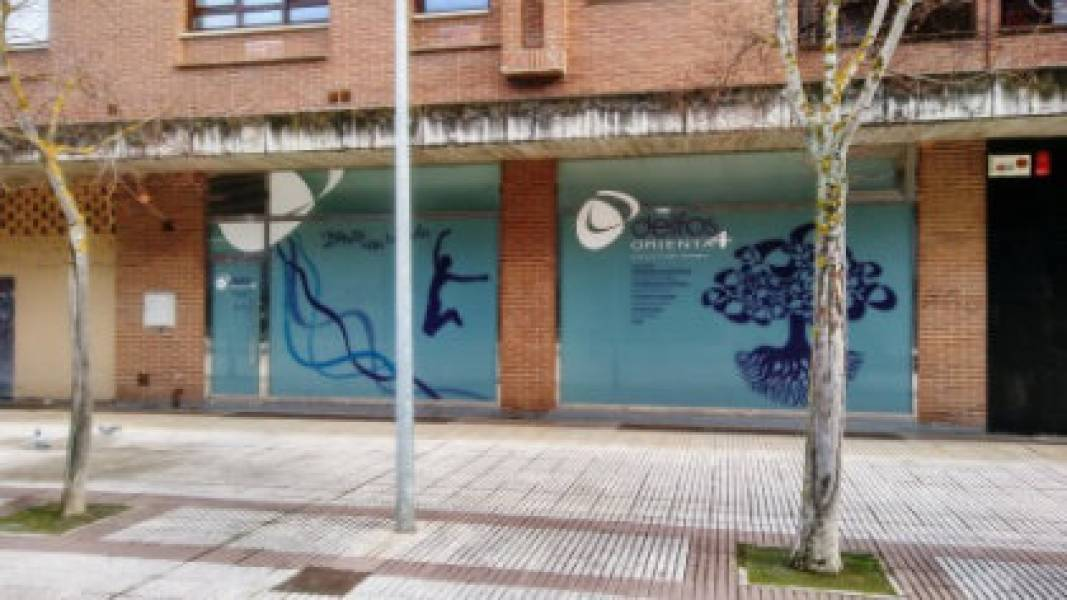Local en alquiler en Mendebaldea, Pamplona